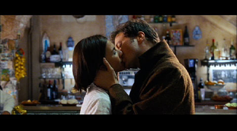 Love Actually: The Kiss